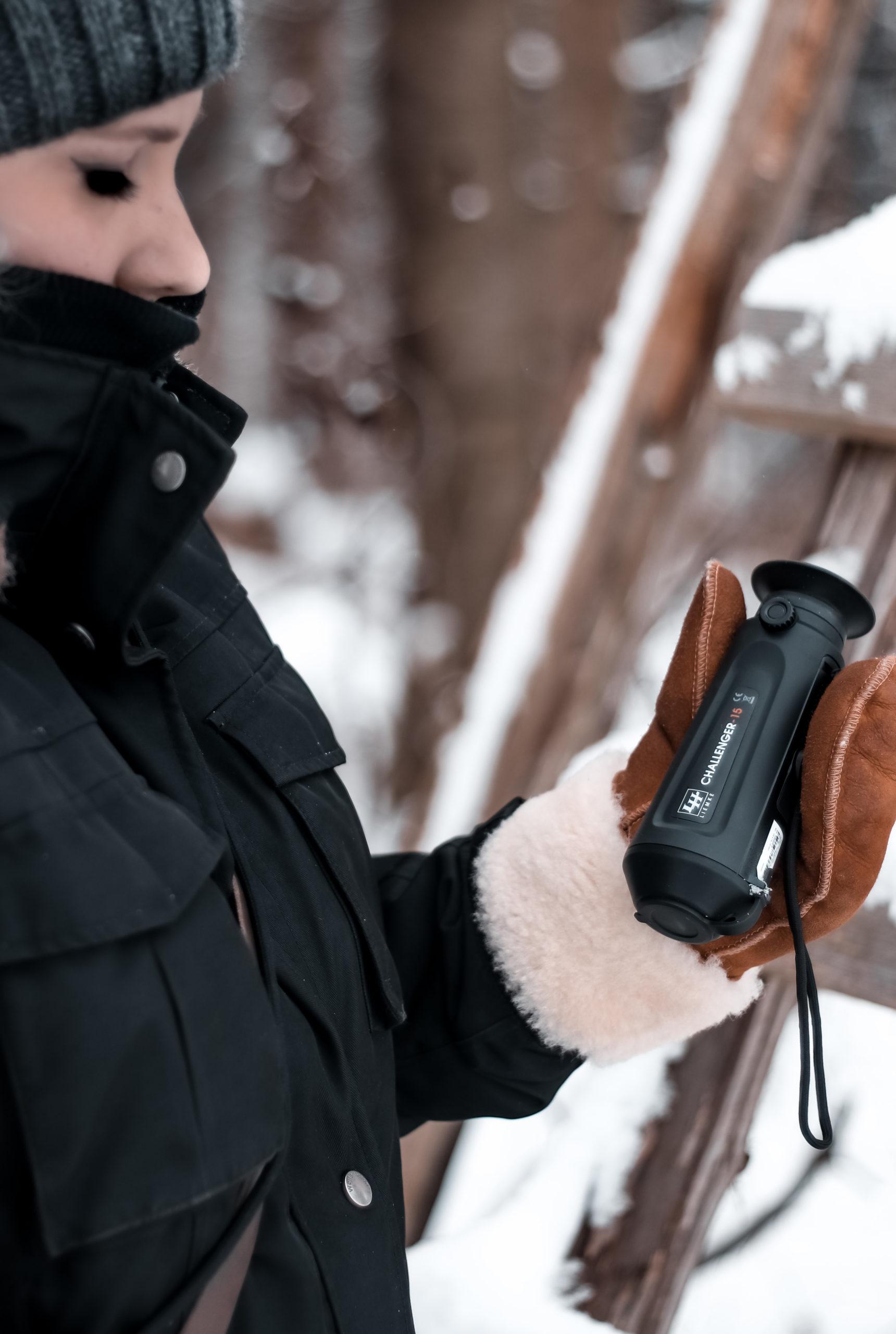 she wanders - Lynn unterwegs mit einer Wärmebildkamera im Harzer Wald
